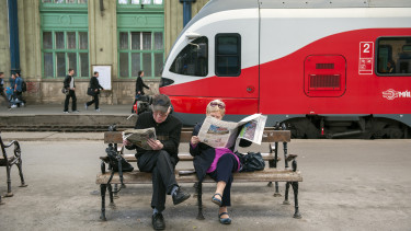 Budapest Nyugati vasútállomás vonat