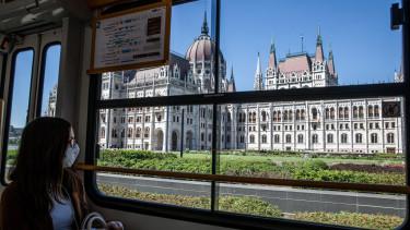 budapest parlament maszk_getty editorial
