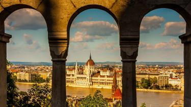 Budapest városképe több százmillióból újul meg