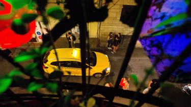 bulinegyed, taxi, éjszaka, belváros