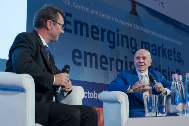 cfa_VIII_CEE_Investment_Conference_123(1)