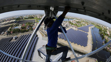 Chinese solar power may brighten future for Europe