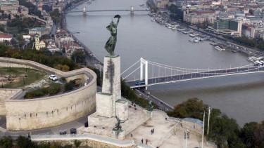 citadella, szabadság szobor,
