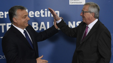 Commission chief Juncker: it's premature to talk about penalties for Hungary