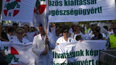 Commission warns Hungary about health care problems