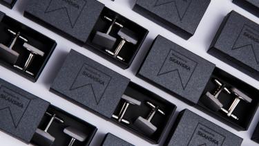 company-gift-cufflinks-skanska[1]