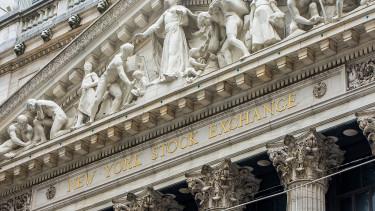 Csak a Dow maradt talpon pénteken Amerikában