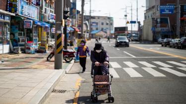 délkorea idős koronavírus getty editorial