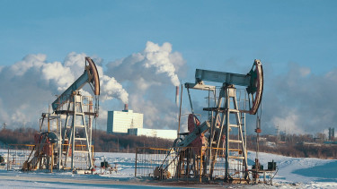 Dollár helyett euróban kérné az olaj árát az orosz óriás