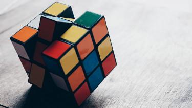 Döntött a magyar hivatal: nem védjegy a Rubik-kocka