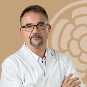 Dr. Fuszek Péter, a Dr. Rose Magánkórház gasztroenterológusa