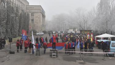 dunaferr dunaújváros tüntetés
