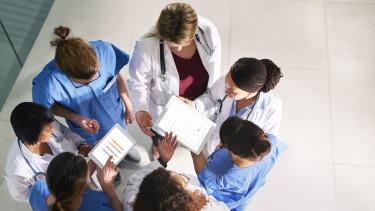 egészségügy doktorok digitális