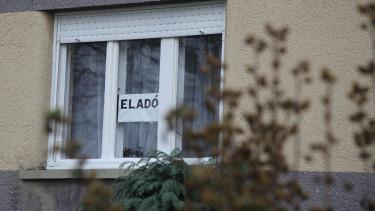 eladó ház, vidék, családi ház, ablak