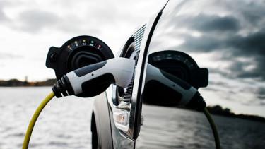 elektromos autó töltés
