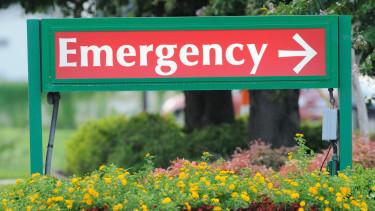 emergency vészhelyzet sürgősségi kórház egészségügy