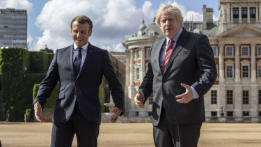 Emmanuel MAcron Boris Johnson 201204