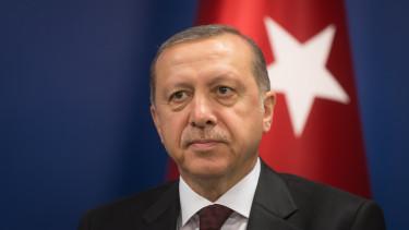 Erdogan kirúgta a jegybank vezetőjét
