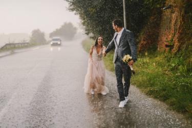 esküvő eső