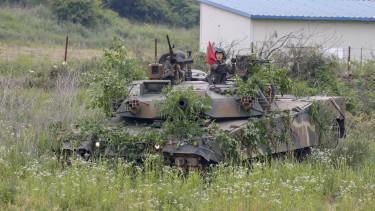 eszak-korea fenyegetes roplap200622