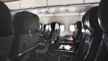 Európai repülőjáratokról is kitilthatják a laptopokat