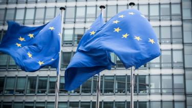 európai uniós zászló európai bizottság