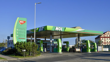 Excise tax cut to take motor fuel prices lower in Hungary
