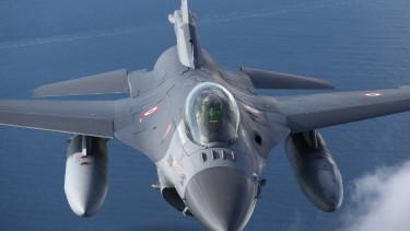 f-16 vadászbombázó repülőgép