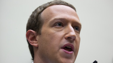 facebook kinai elnok