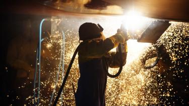 factory worker gyári munkás hegesztés