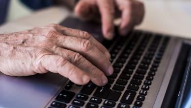 Felháborodtak a nyugdíjasok: még mindig nem kapták meg a pénzüket
