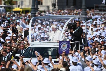ferenc pápa hősök tere eucharisztikus kongresszus