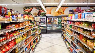 Folytatódik a boltösszeomlás Magyarországon