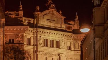forint mnb épület sötét magyar jegybank