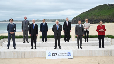 g7 csúcs