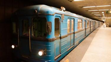 Gázolás miatt nem jár a 2-es metró