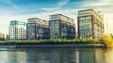 getty, lakás, társasház, folyópart, új lakás,