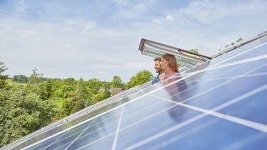getty, tető, napelem, megújuló energia,