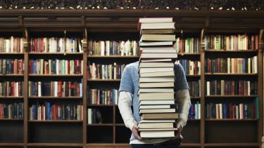 könyv könyvtár tanulás