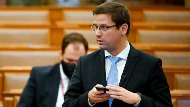 gulyás gergely parlament háziorvos