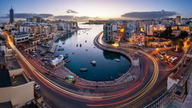 Gyilkosság és pénzmosás: egyre súlyosabb a máltai bankbotrány