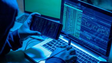 hacker zsarolóvírus kibertámadás hekker