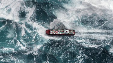 Hajó viharban