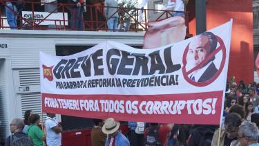 Három százalékra csökkent a kormány népszerűsége Brazíliában