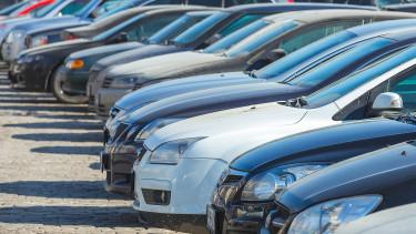 Hiába ítélték jogtalannak, továbbra is keményen bírságolják az autósokat