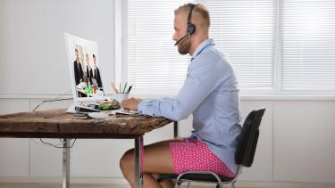home office munka otthon meeting értékezlet getty stock