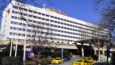 hotel flamenco, szálloda, danubius hotels, feneketlen tó