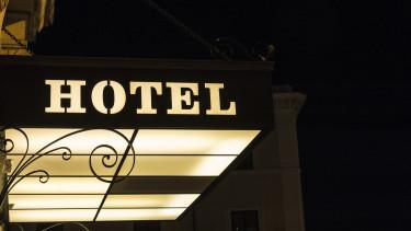 hotelshutter-20170523