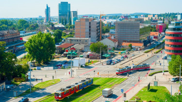 Hungarian cities fall irrecoverably behind some CEE peers