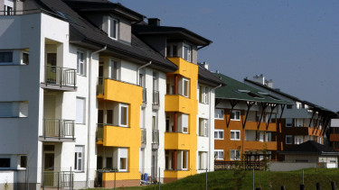 Hungary in strong house price race